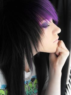 Scene black and purple hair Black Scene Hair, Emo Scene Hair, Emo Hair, Hair Wigs, Goth Hair, Pretty Hairstyles, Wig Hairstyles, Latest Hairstyles, Hairstyle Ideas