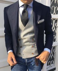 Jeans Blazer and Waistcoat is such a superb way to style yourself. A contrasting waistcoat always looks very handsome. Follow us for daily style tips. ___________________________________ Photo: @iliass_agh #dressy#mensweardaily#confidence#3piecesuit #fashionformen#monkstaps#suitup#entrepreneur#highclassfashions#italianstyle#highfashion#ootdmen#luxuryfashion#dapperfam#realmen#bespoke#fashionstatement#dresswell#mensfashionblog#menstyleguide#gq#gqstyle#malefashion#mnswr#waistcoat#alexanderc...