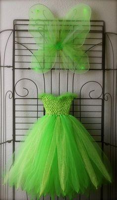 déguisement fée clochette, jolie robe en tulle et ailes vertes                                                                                                                                                     Plus