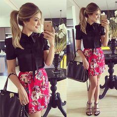 {Do dia} Look todo @massiestore Saia de pregas + Blusa de lacinho  E está rolando um sorteio la no perfil da loja viu meninas?! Participem!! • #lookdodia #lookoftheday #ootd #selfie #blogtrendalert