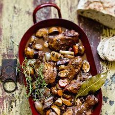 Ein rundum leckeres Wintergericht und One-Pot-Wonder, das sich ganz leicht kochen lässt. Wer auf der …