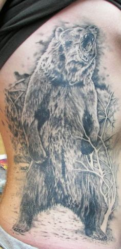 Grizzly bear tattoo, cool details