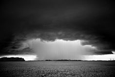 Orages, tempetes, formations nuageuses ...