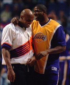 Charles barkley and magic johnson I Love Basketball, Basketball Pictures, Basketball Legends, Basketball Players, Nba Stars, Sports Stars, Showtime Lakers, Best Nba Players, Magic Johnson
