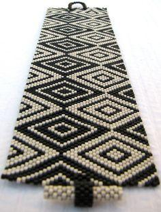 Cubism Diamonds Peyote Cuff / Peyote Bracelet (2375) - A Sand Fibers Made-to-Order Creation. $104.00, via Etsy.