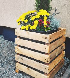 Pallet cover for some big planters.