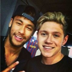 niall horan with neymar jr. This is not right. There is only so much sexiness I can take people!