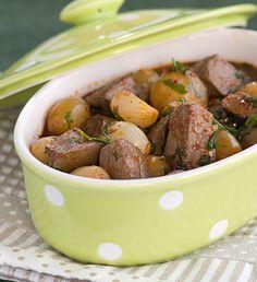 Μοσχάρι λεμονάτο Indonesian Food, Greek Recipes, Pot Roast, Food Network Recipes, Sausage, Food And Drink, Beef, Dishes, Chicken