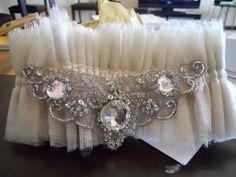 DIY Garter :  wedding DSCN1972