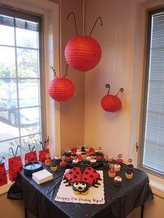 Ladybug Cupcake Cake, Ladybug Hanging Lanterns, & Ladybug Bags Ladybug Cupcakes, Ladybug Party, Snowman Cupcakes, Giant Cupcakes, Ladybug 1st Birthdays, Twins 1st Birthdays, 6th Birthday Parties, 1st Birthday Girls, Cumpleaños Lady Bug
