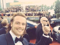 Sam Heughan at the 2016 Golden Globes.