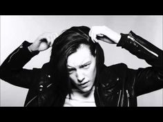 Do I wanna know - Ruby Rose & Erika Linder by Arctic Monkeys [ VIDEO] [HD] - YouTube