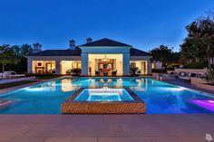 Wayne Gretzky's House - 129 Hampstead Court, Westlake Village, CA 91361 #mansion #dreamhome #dream #luxury http://mansion-homes.com/dream/129-hampstead-court-westlake-village-california-wayne-gretzky-house/