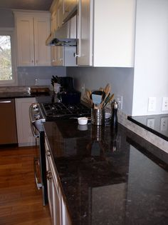 Granite Kitchen Countertop Photo Gallery | Paramount Granite in MN