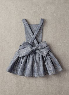 Nellystella Ella Dress in Light Grey Foil - – Hello Alyss - Designer Children's Fashion Boutique Fashion Kids, Baby Girl Fashion, Free Sewing, Sewing Tips, Sewing Tutorials, Sewing Hacks, Sewing Ideas, Sewing Crafts, Baby Sewing