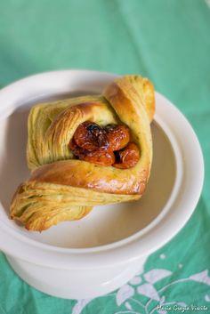 Cooking planner: I Croissant salati al basilico di Caris da una ricetta di leonardo di carlo mtchallenge