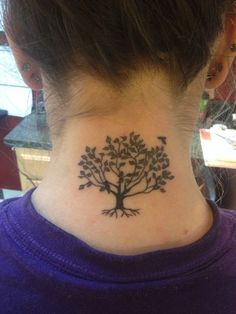Tree tattoo on the back of my neck, I'm in love.