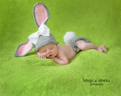Lexi – Newborn » Super sweet newborn photography, newborn bunny, newborn girl, posed newborn portraits, Tanya Downs Photography