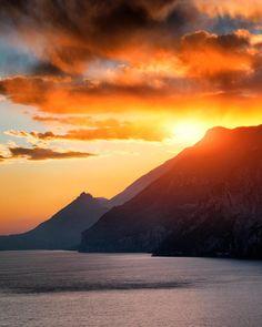 Sunset in @lake.garda  Tag a travel buddy  Lago di Garda - Italy by matteorighiphotography