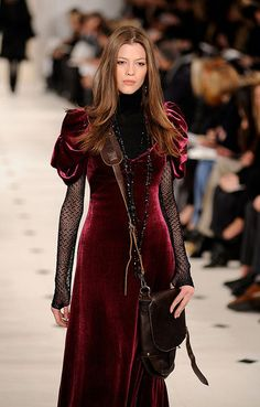 From Left: Alexander Wang, Zac Posen, and Ralph Lauren fall 2010 Velvet—especially red and oxblood colored—was all over the New York runways for Dark Fashion, Boho Fashion, High Fashion, Fashion Show, Fashion Outfits, Womens Fashion, Haute Couture Style, Alternative Mode, Alternative Fashion