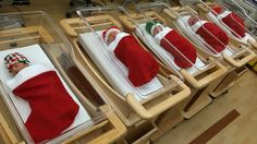 10+ Hospital Christmas Decorations That Show Medical Staff Are The Most Creative People Ever