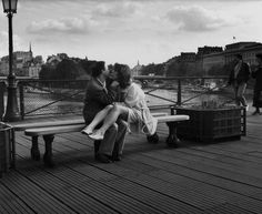 Pont des Arts, Paris | Photo: Edouard Boubat