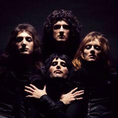 ©Mick Rock, Queen. Album Cover, London, 1974 - ©Mick Rock, Queen. Album Cover, London, 1974