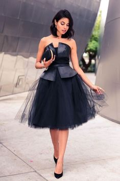 to equip a little black dress How to equip a little black dressHow to equip a little black dress Black Leather And Tulle Off Shoulder Party Dress by Vivaluxury - engagement outfit diff color tho Playing Dress up :: What to Wear on new Year's eve African Fashion Dresses, African Dress, Dress Fashion, Elegantes Outfit, Looks Style, Playing Dress Up, Dress To Impress, Beautiful Dresses, Evening Dresses