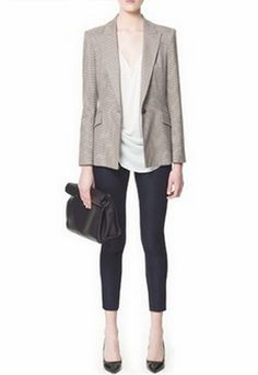 beige blazer, white blouse, black skinny pants, black pumps