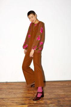 No. 6 Fall 2017 Ready-to-Wear Collection Photos - Vogue