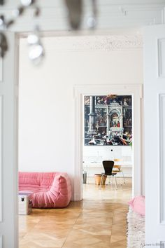 madabout-interior-design: Berlin apartment of publisher & interior designer, Angelika Taschen