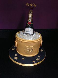 47 Trendy Ideas Birthday Cake Woman For Men 40th Birthday Cakes For Men, 40th Cake, Birthday Party Tables, Cake Birthday, Birthday Ideas, Champagne Birthday, Champagne Cake, Fondant, Mini Tortillas