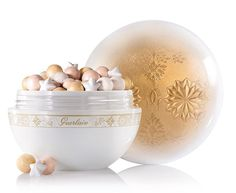 Guerlain Winter Fairy Tale Collection for Holiday 2015 (Temptalia) Guerlain Makeup, Makeup Cosmetics, Mineral Cosmetics, Make Me Up, How To Make, Smoky Eyes, Winter Fairy, Highlighter Makeup, Highlighters