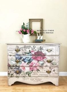 Roz Robertson of used our new [re]design transfer Imperial Garden on this beautiful dresser. She shows it off perfectly. New transfers are shipping to retailers first week in September. See Roz's page for more gorgeous creations using the new Floral Furniture, Hand Painted Furniture, Funky Furniture, Refurbished Furniture, Paint Furniture, Repurposed Furniture, Shabby Chic Furniture, Furniture Projects, Furniture Makeover