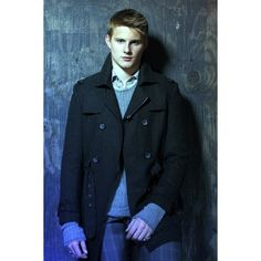 alex-ludwig-3 Alexander Ludwig Premieres New Single ❤ liked on Polyvore featuring people, alexander ludwig, boys and hunger games