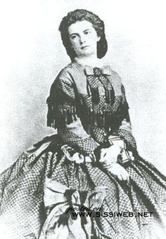 Marie Reine de Naples et des Deux Siciles né duchesse en Bavière. Elle était la sœur cadette de Sissi.