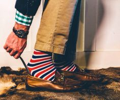 It's not too late to pick up the perfect Valentine's Day gift for the gentleman in your life. Surprise him with the best dress sock subscription on the market by Southern Scholar. Mens Fashion Casual Shoes, Preppy Mens Fashion, Gucci Loafers, Loafers Men, Streetwear Hats, Men Photoshoot, Dress Socks, Fashion Ideas, Fashion Inspiration