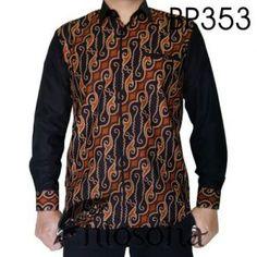 Baju batik kombinasi katun terbaik dengan Kode BP353 merupakan batik Printing yang dibuat dari bahan katun dan dikombinasikan dengan bahan katun ima. African Print Fashion, Fashion Prints, Modern Mens Fashion, Womens Fashion, Batik Couple, Agbada Styles, Tailored Jumpsuit, Batik Fashion, Batik Dress