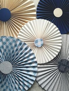 bolondos farsangi dekoráció Hand Fan, Techno, Diy And Crafts, Carnival, Home Appliances, Decoration, Spring, Party, Handmade