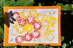 Die Bienen sind los // Crafting Bees – Reges Leben Spring, Nature, Summer, Baby, Crafts, Small Bees, Honey Bees, White Paper, Summer Diy