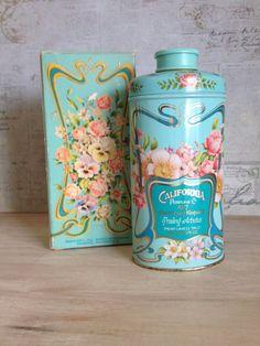 Vintage Avon California Perfume Co Trailing Arbutus Perfumed talc stunning tin can 1977