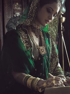 Beautiful Indian Muslim Bride, in #Brilliant @tanishqjewelry #Jewelry <3