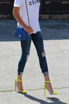 What a fabulous way to not so discreetly dress up jeans and a tee; love it