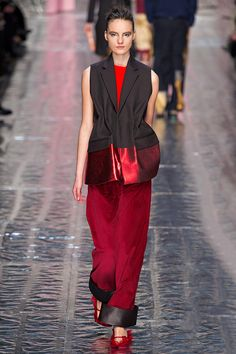 Acne Fall 2013 RTW - Review - Fashion Week - Runway, Fashion Shows and Collections - Vogue - Vogue