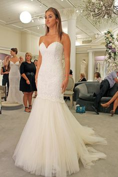 Season 14 Featured Dress: Madison James. Lace, strapless, sweetheart neckline, form fitting, tulle bottom. $1,000.