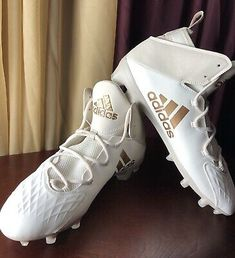 White Football Cleats, Football Boots, Soccer Cleats, Football Soccer, Gym Gear, Lacrosse, St Kitts, Trinidad And Tobago, Mad