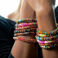 Easy to make fabric bracelets to give as gifts for keep for yourself!