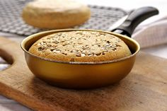 Low Carb, Gluten, Fitness, Oatmeal Bread Recipe, Quick Recipes, Tasty Food Recipes, Skillet Bread, Healthy Food, Healthy Recipes