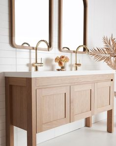 Custom oak freestanding vanity by Loughlin Furniture. Bathroom Inspo, Bathroom Inspiration, Neutral Bathroom, Design Inspiration, Bathroom Renos, Master Bathroom, Washroom, Interior Design Studio, Bathroom Interior Design