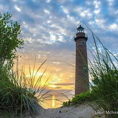 Things to Do on Mackinac Island: The Ultimate Pure Michigan Guide Good morning! We wanted to start the day by sharing this beautiful shot of the Little Sable Point Light in Mears captured by Lighthouse Painting, Lighthouse Pictures, Beautiful Places, Beautiful Pictures, Beacon Of Light, Mackinac Island, Beach Scenes, Belle Photo, Beautiful Landscapes